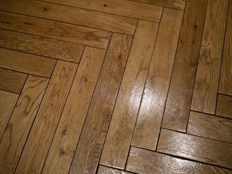 02 Voskování podlah
